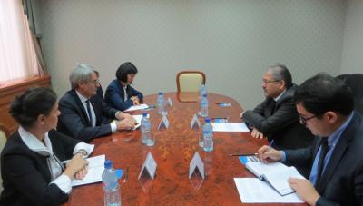 Диалог парламентариев Франции и Узбекистана продолжается